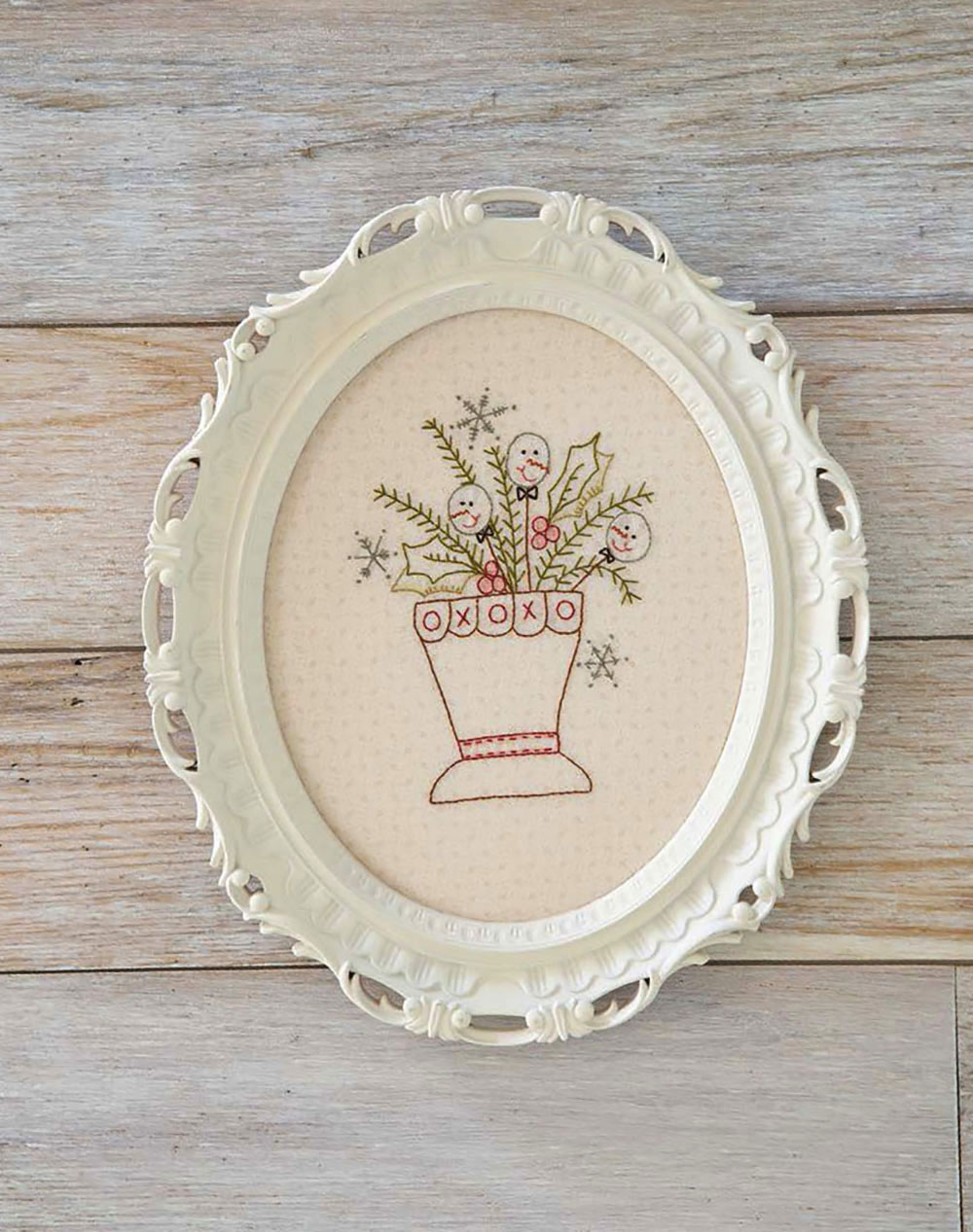 B1479, Stitched So Sweet - Whimsical Embroidery, Patchwork, and Appliqué, by Tracy Souza